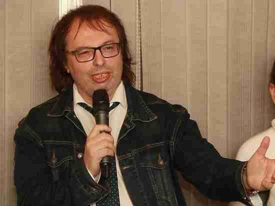 Журналист, музыкальный продюсер Александр Кушнир о своей новой книге «Кормильцев. Космос как воспоминание»