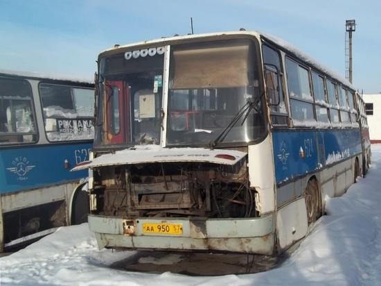 Неверные шаги орловской власти привели муниципального перевозчика к краху